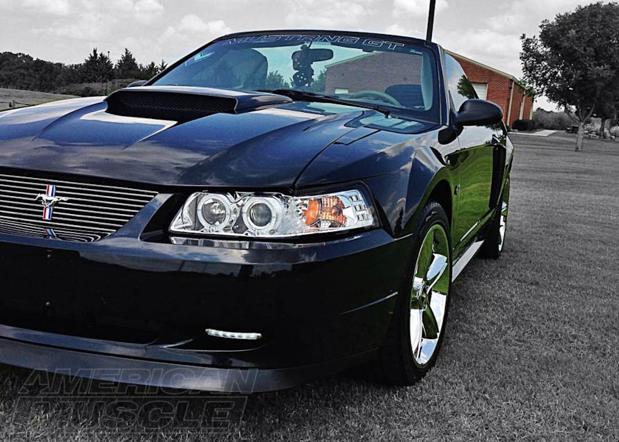 1999-2004 Mustang with a Chrome Set of Projector Headlights