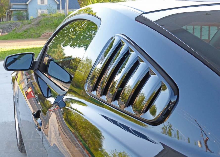 Speedform Classic, Pre-Painted Quarter Window Louvers for 2010-2014 Mustangs