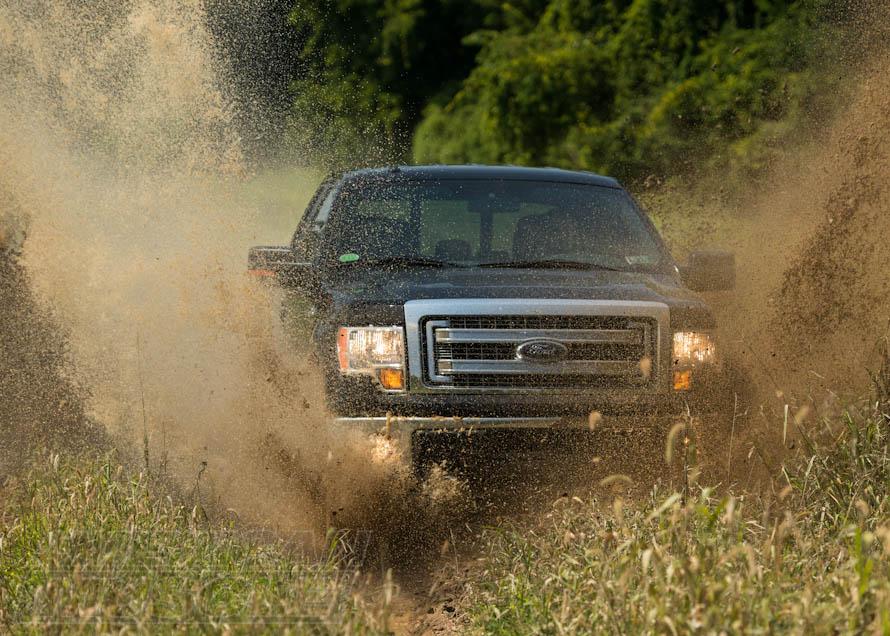 2010-2014 F-150 Truck Slinging Mud Off-Road