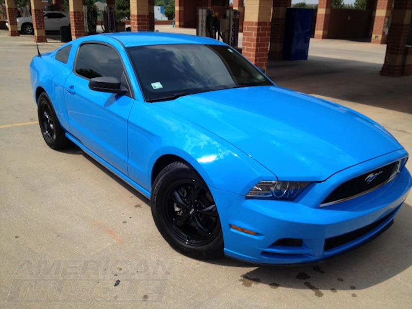 2010-2014 Mustang V6 with Black Bullitt 17in Rims