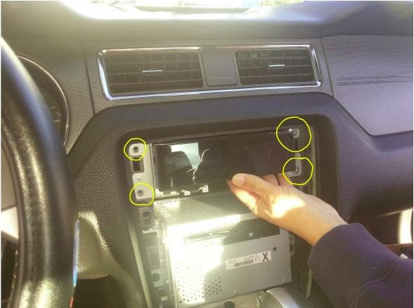 Raxiom OE Style GPS Navigation Installation 10