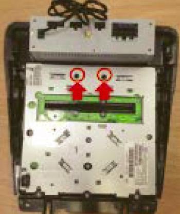 Raxiom OE Style GPS Navigation Installation 17