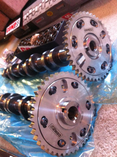 1999-2004 Mustang Camshafts with Cam Gears