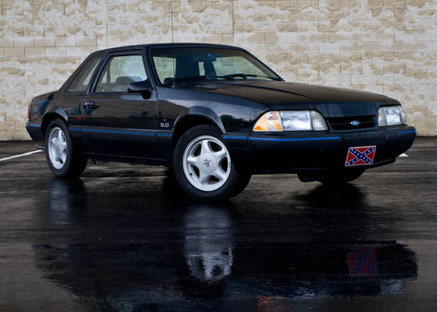 Foxbody on Wet Tarmac