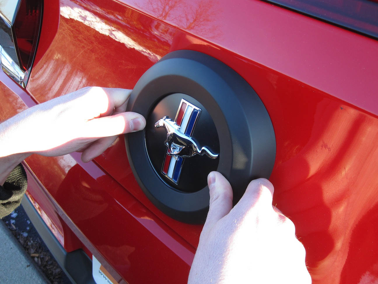How To Install A Mmd Trunk Emblem Surround On Your 2010