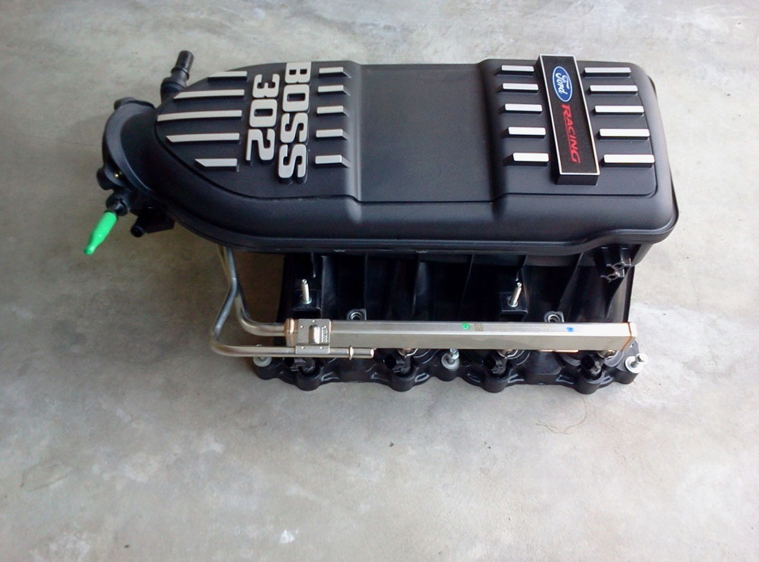 How To Install A Boss 302 Intake Manifold On Your 2011 2013 Mustang Wiring Harness So Just Set The Atop Heads Only Outer 2 Out 4 Retainers Can Attach Back Of
