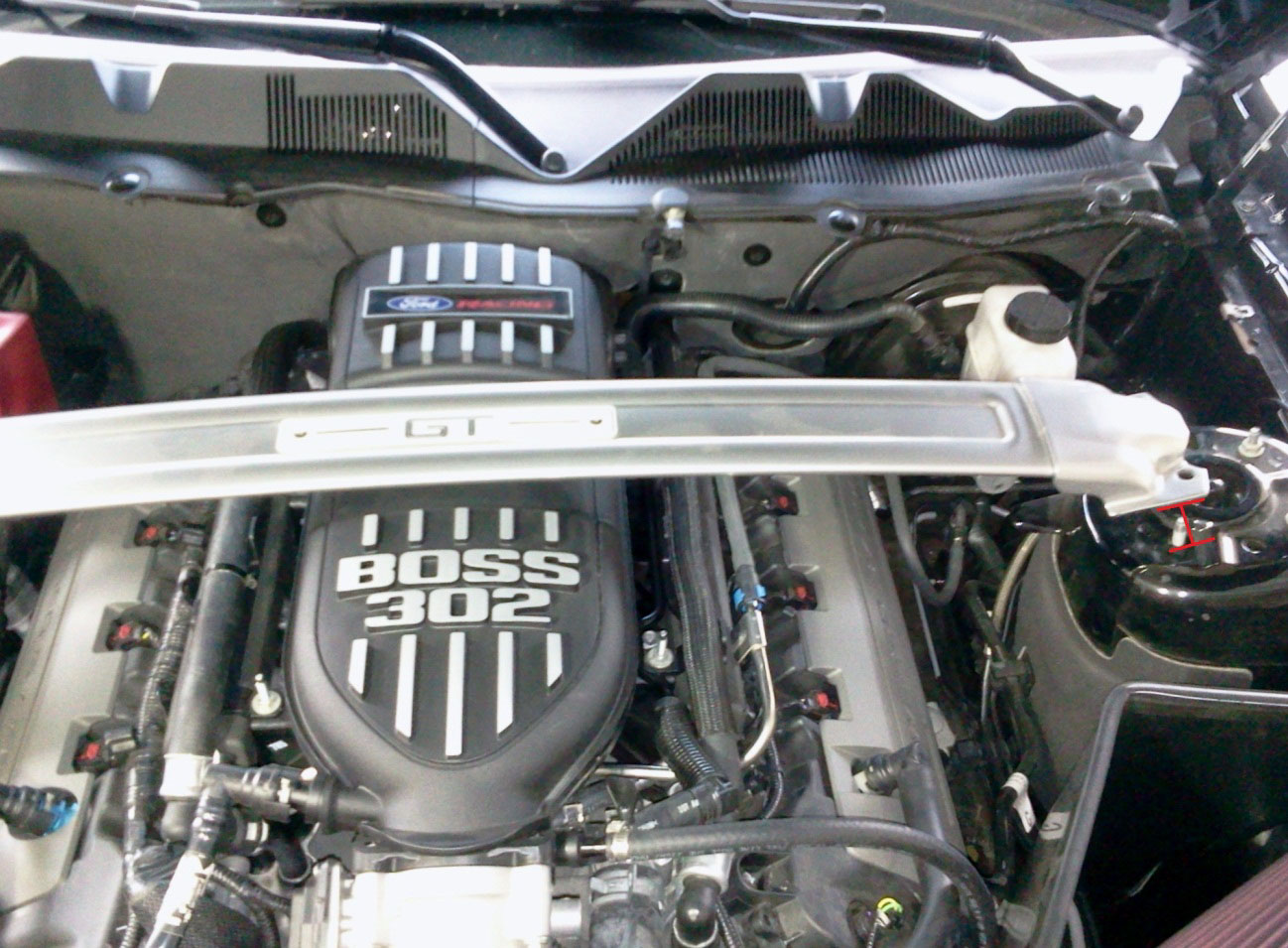 Boss 302 Intake Manifold >> How To Install A Boss 302 Intake Manifold On Your 2011 2013