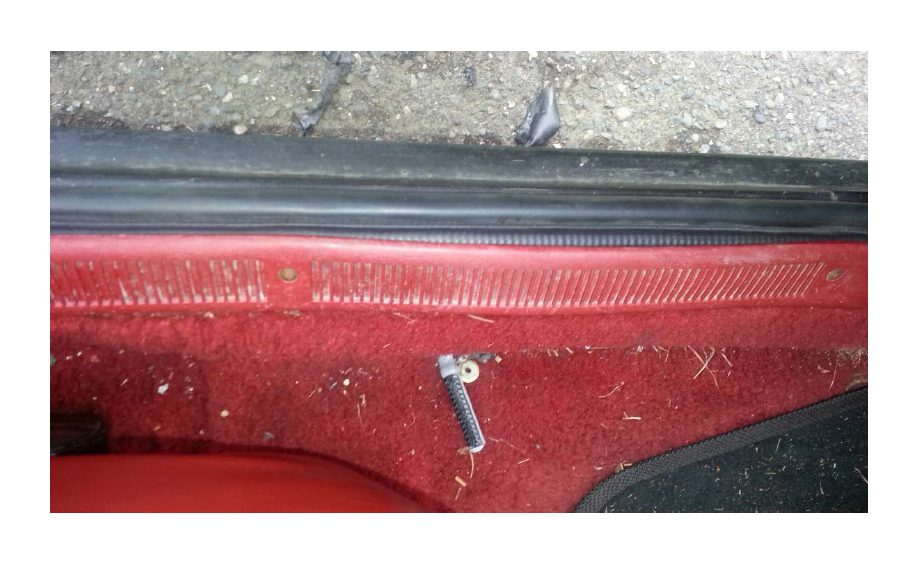 C F additionally Lrs Cg furthermore Mustang Convertible Lift Cylinder as well Roush Mustang Door Sill as well Maxresdefault. on mustang door panel removal