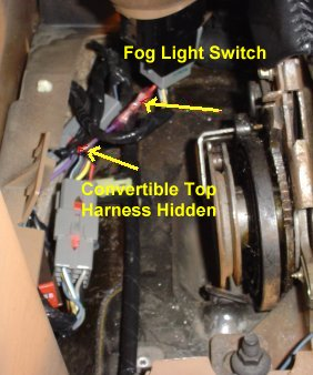 figure12 how to wire your foglights independently ('94 '04) americanmuscle 04 mustang fog light wiring harness at bakdesigns.co