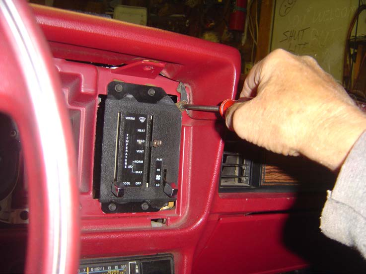 How to install a replacement dash pad on your 1979 1986 for 05 f150 door panel removal