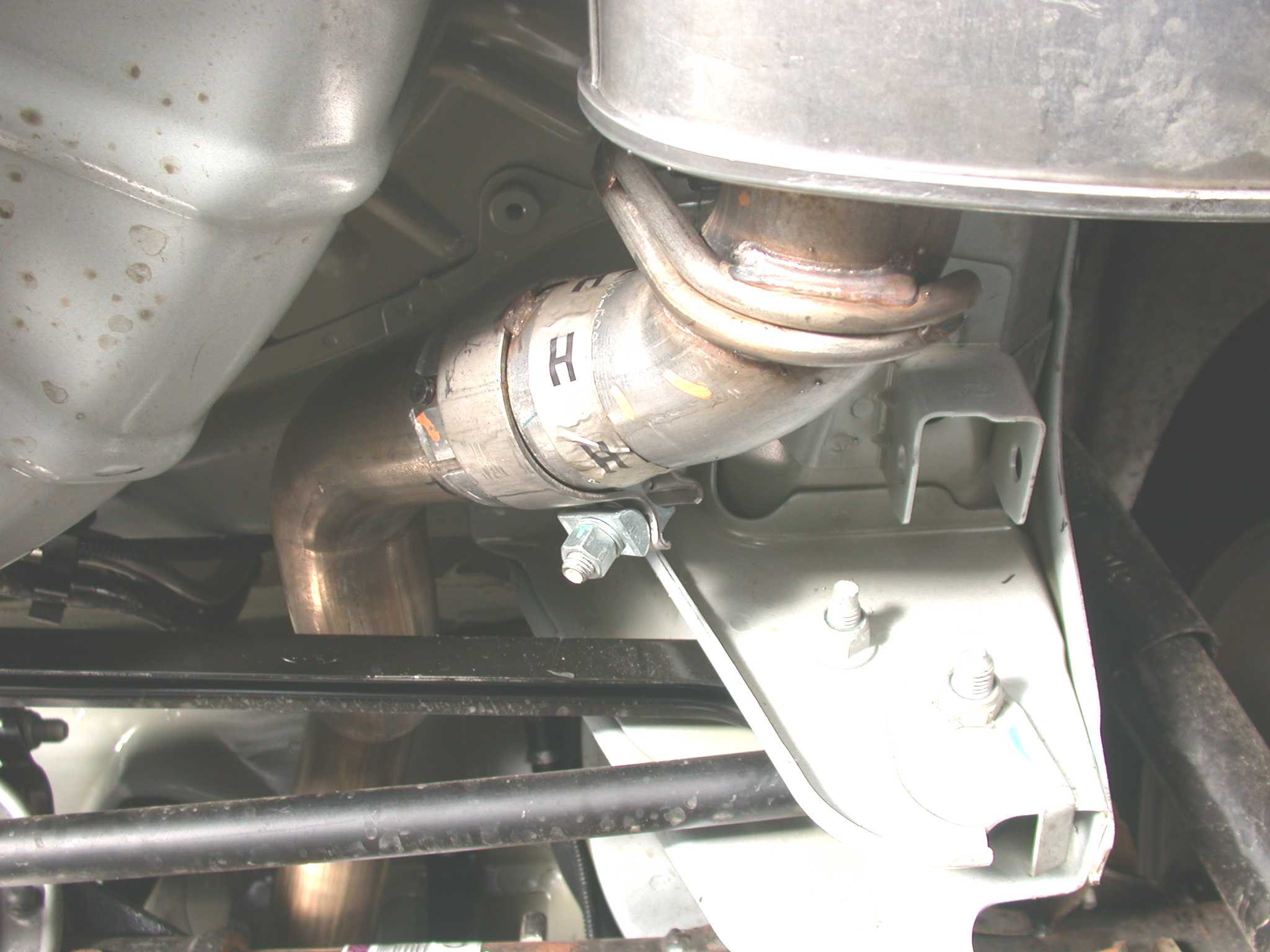 How to Install a Borla Axle-Back Exhaust on a 2005-2009