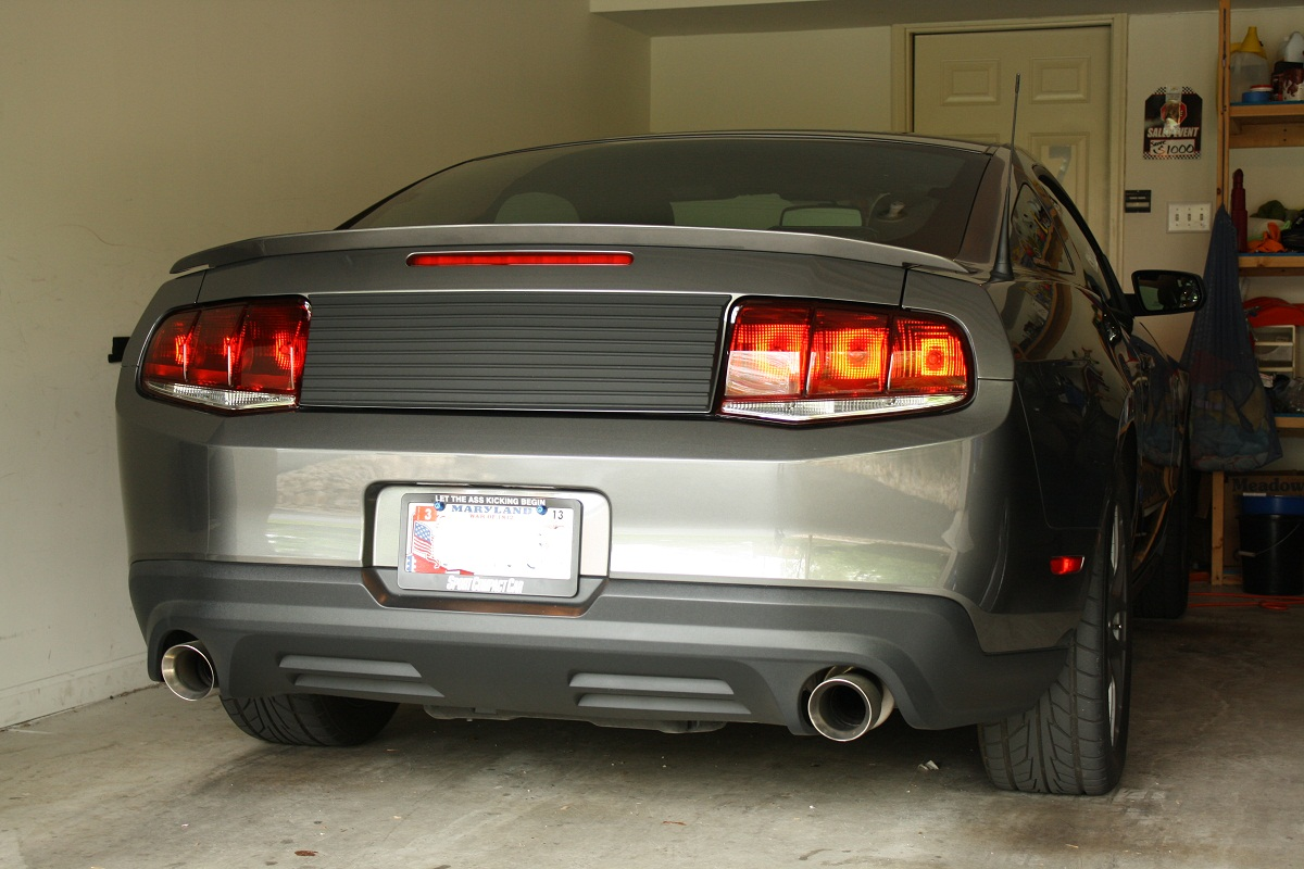 how to install raxiom aero tail lights on your 2010-2012 mustang |  americanmuscle