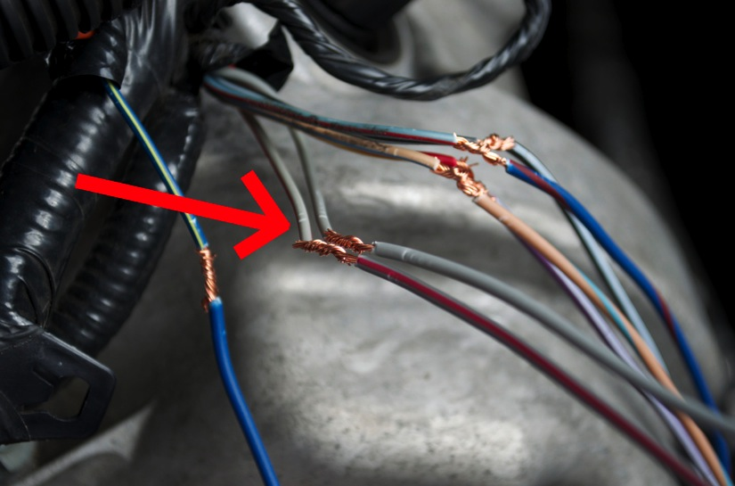 guide 52997 cust 08 how to install iat relocation kit on your 2005 2010 mustang Wire Harness Assembly at bakdesigns.co