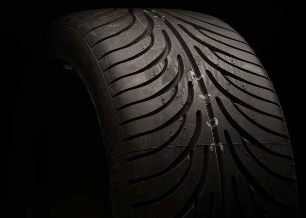 Mustang Sumitomo Performance Tire Tread Pattern