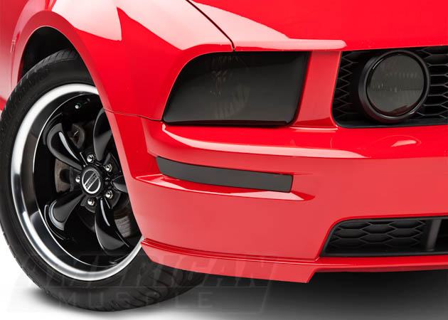 2005-2009 Mustang with Smoked Headlights, Fog Lights, and Turn Signals