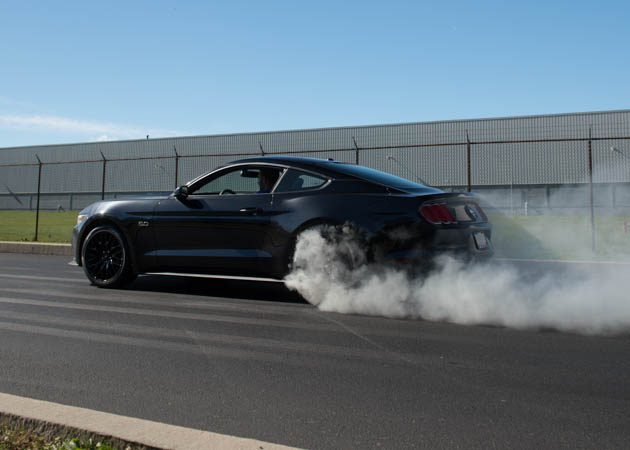 2015 GT Mustang Doing a Burn Out