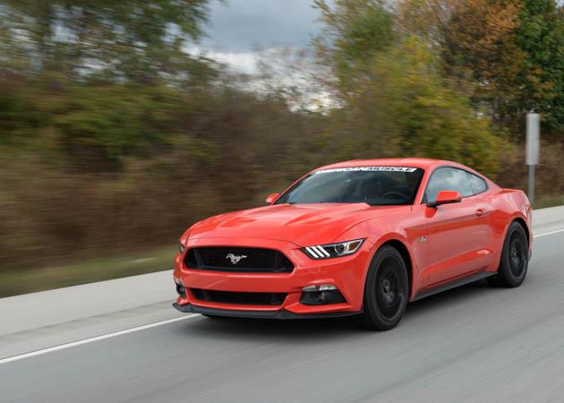 2015 Mustang Cruising on the Street