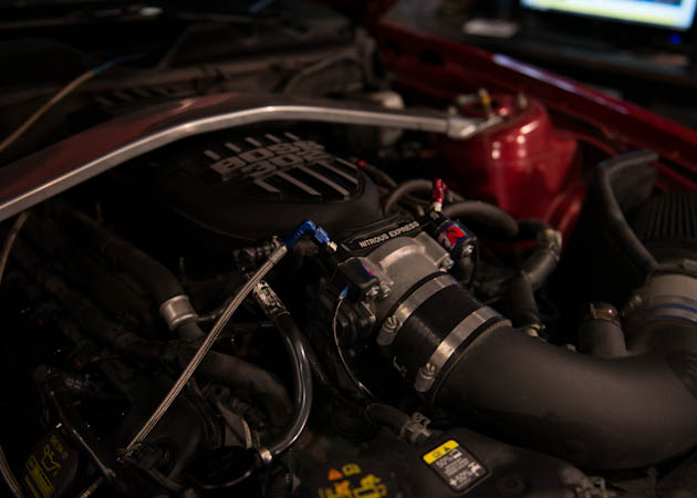 2013 GT Mustang Hooked Up with Nitrous
