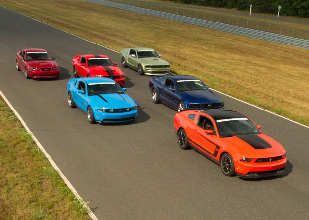 1999-2011 Mustang GTs and V6s at the Track